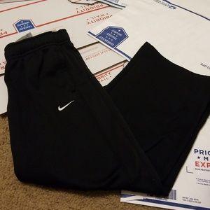 Nike Black Sweats Therma fit Size small